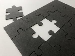 Bramante Schwarzpappe als Puzzle